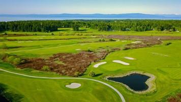 福尔森格伦高尔夫俱乐部(Pheasant Glen Golf Club)